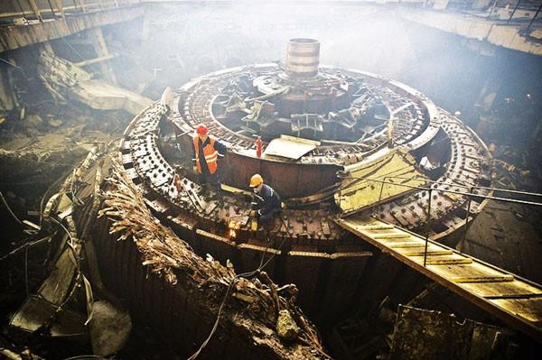 Công tác khôi phục lại các tổ máy được tiến hành khẩn trương